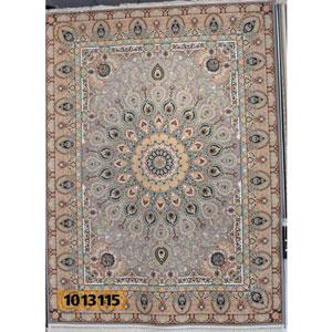 فروش اقساطی فرش تندیس خاطره کاشان طرح پرطاووسی زمینه فیلی 12 متری کد 1013115